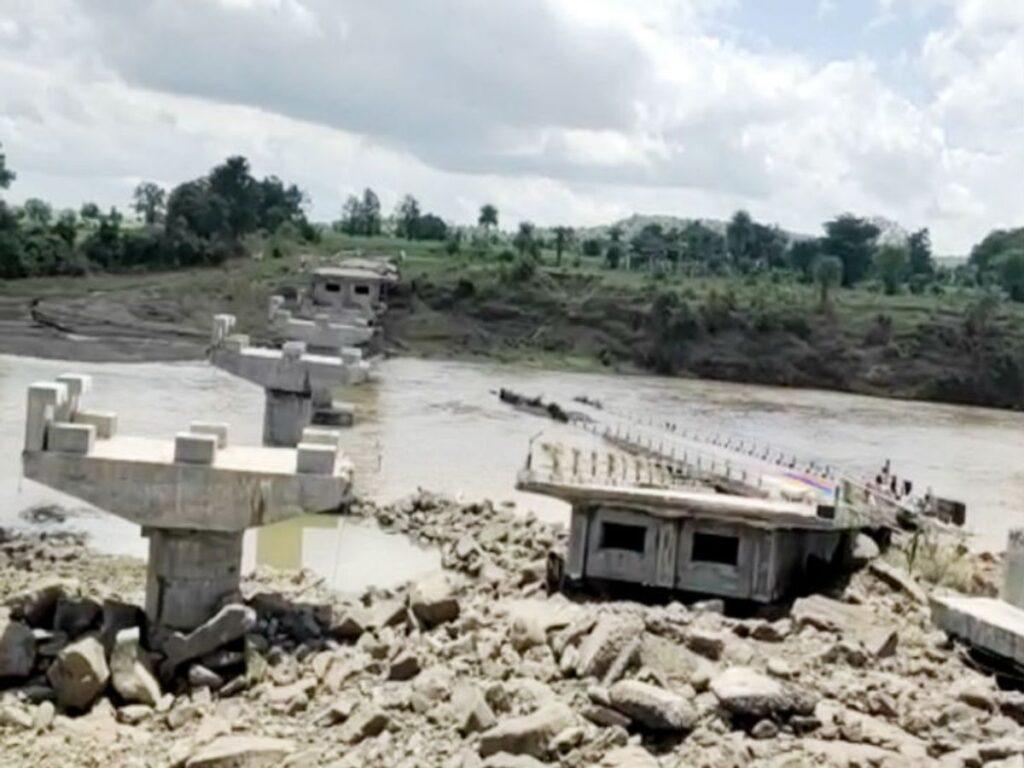 Madhya Pradesh News : करोड़ों की लागत से एक महीने पहले बनकर तैयार हुआ