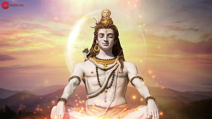 महाशिवरात्रि के दिन गलती से भी भगवान शिव को ना चढ़ाएं तुलसी के पत्ते
