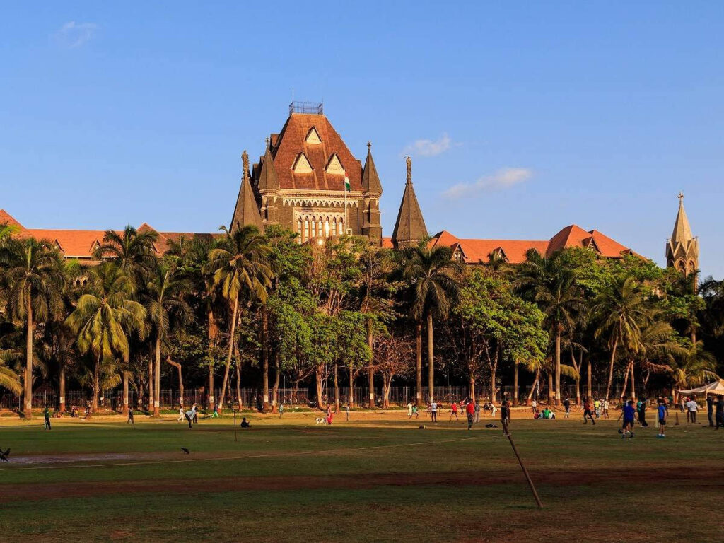 maharashtra-news-owners-of-one-flat-cannot-keep-multiple-personal-vehicles-says-bombay-high-court